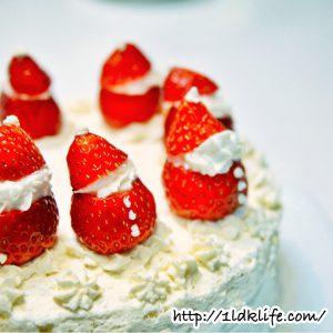 ムスメ作クリスマスケーキ。