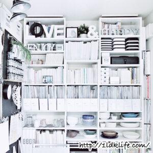 本棚に食器